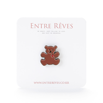 LOVE BEAR BADGE