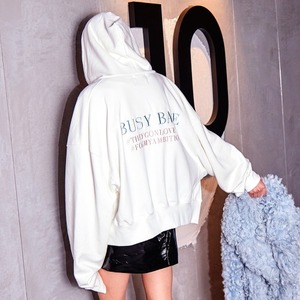 ZIP-UP HOODIE CREAM